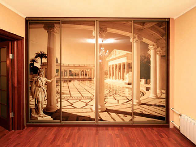 http://sv-mebli.com.ua/images/Gallery/Shkaf/shkafy-kupe-s-fotofasadami-001.jpg