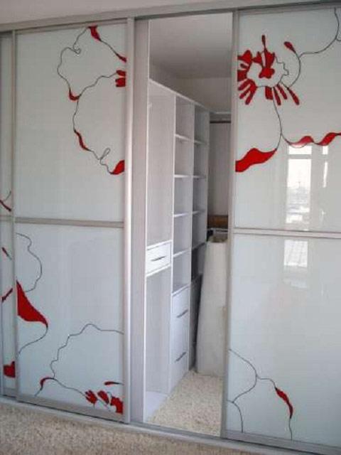 http://sv-mebli.com.ua/images/Gallery/Shkaf/shkafy-kupe-vstroennye-013.jpg